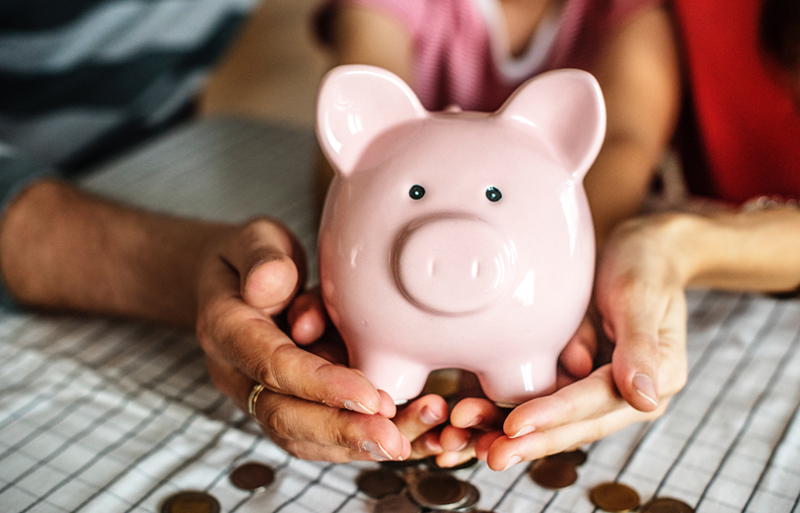 4 Reasons Everyone Should Have a Yearly Savings Goal